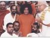 panditji-with-vedic-students-and-satyasai-baba